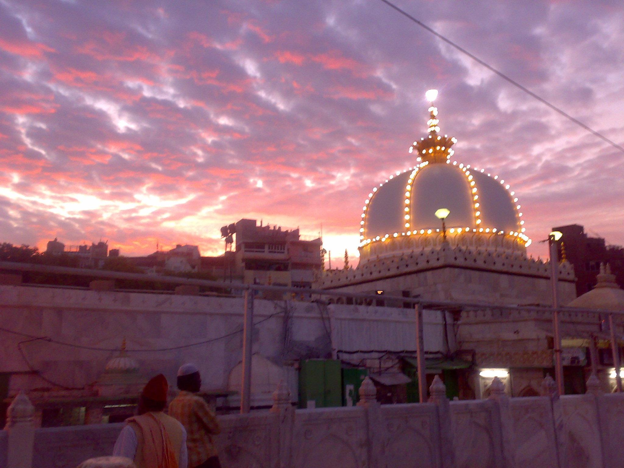 Dargah sharif ajmer 2011 please see other pages altavistaventures Choice Image